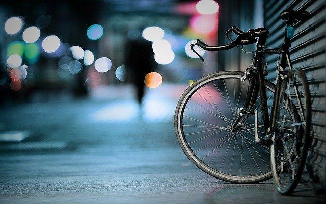 cestna kolesa